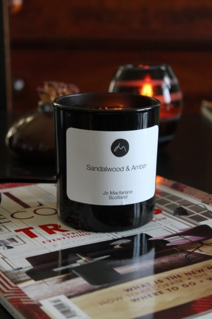 Sandalwood and Amber luxury candle